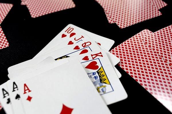 luật chơi bài tú lơ khơ